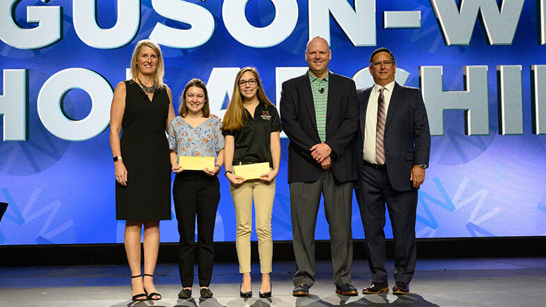 Lindsey Stasi and Madelyn Conway Received Ferguson – Women in the Mechanical Industry Scholarships at MCAA19